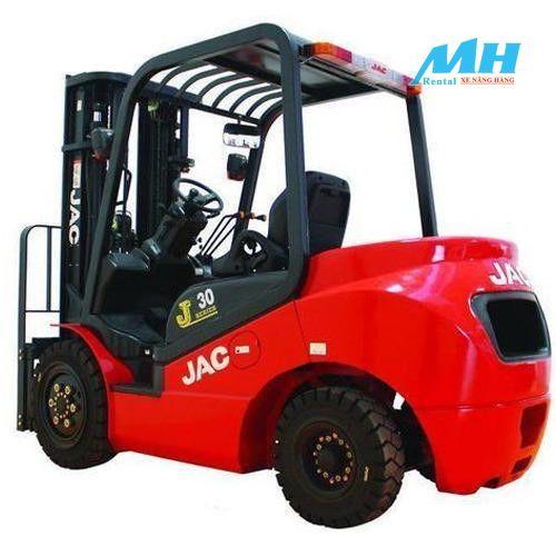 Xe nâng hàng JAC được người tiêu dùng đánh giá cao