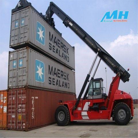 Dịch vụ cho thuê xe nâng hàng Container tại MH Rental